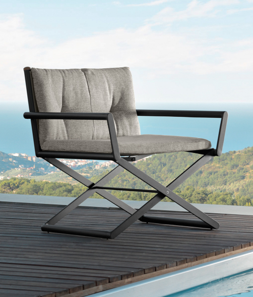 Dominus outdoor folding director chair