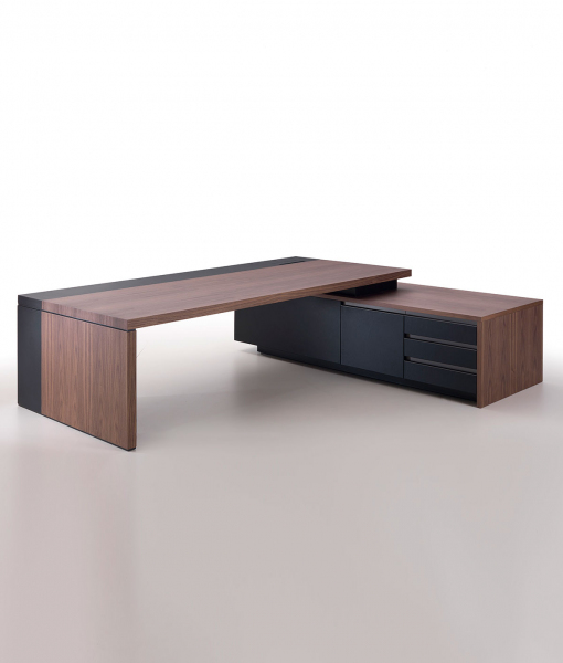Kefa executive desk by Matteo Nunziati in walnut and black saddle leather