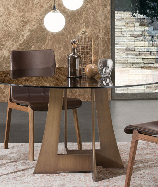 Mia round dining table - design Umberto Asnago