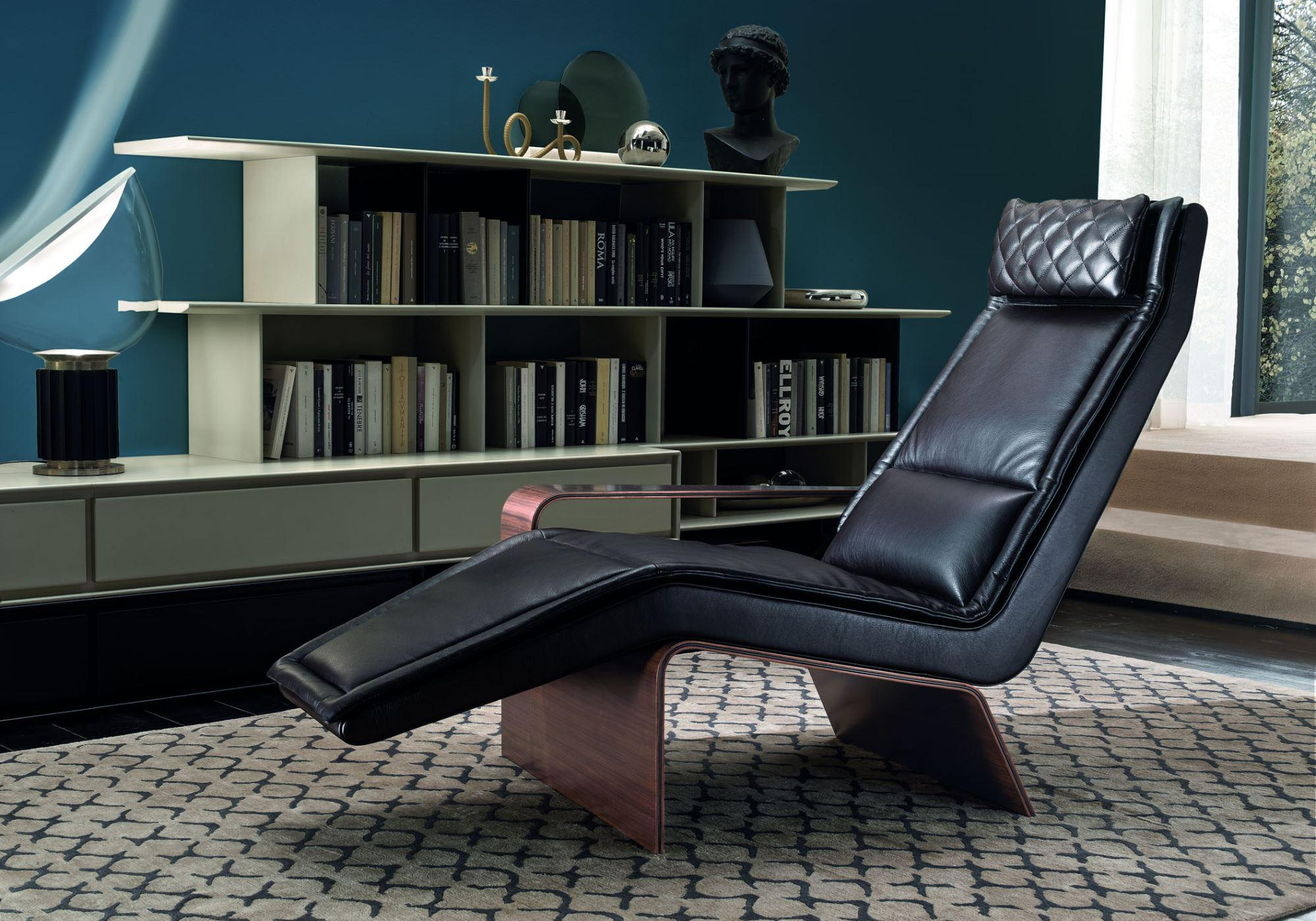 Ala is a chaise lounge designed by Matteo Nunziati . Aims to find the balance between a linear and at the same time contemporary and sophisticated design.