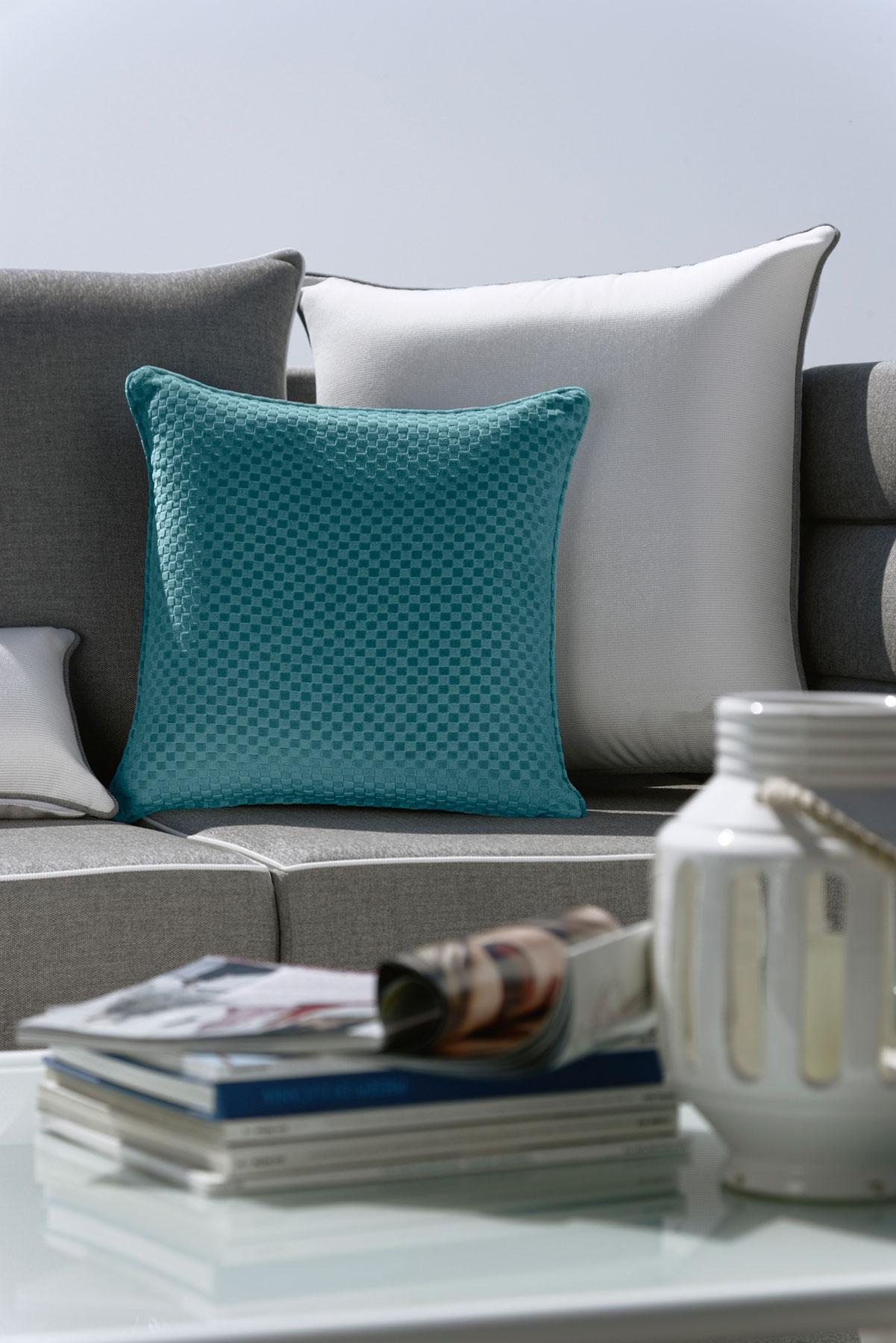 Cuscini divano esterno idee per il design della casa - Tappeti da esterno ikea ...