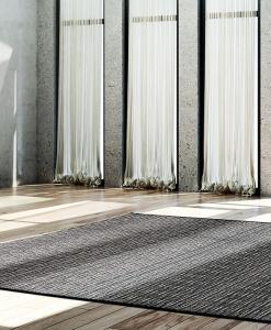 tappeto da esterno grigio grande lavabile moderno outdoor sintetico texture arredamento moderno contemporaneo design da giardino esterno originale yacht