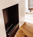 Camino al bio etanolo disegnato da Matteo Italia e realizzato artigianalmente in acciaio inox. Ispirato ai camini in stile Luigi XVI. Consegna gratuita.