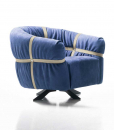 Crossover is a luxurious armchair in blue leather designed by Giuseppe Viganò and 100% made in Italy. Furniture online shopping with free home delivery.