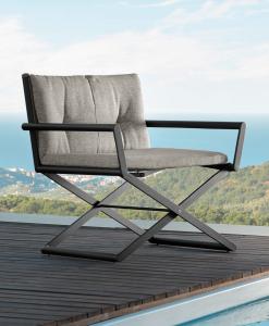 Sedia da regista da esterno. Sedia da giardino pieghevole. Vendita online di mobili di lusso per giardino e terrazza. Sedia in alluminio per l'outdoor.