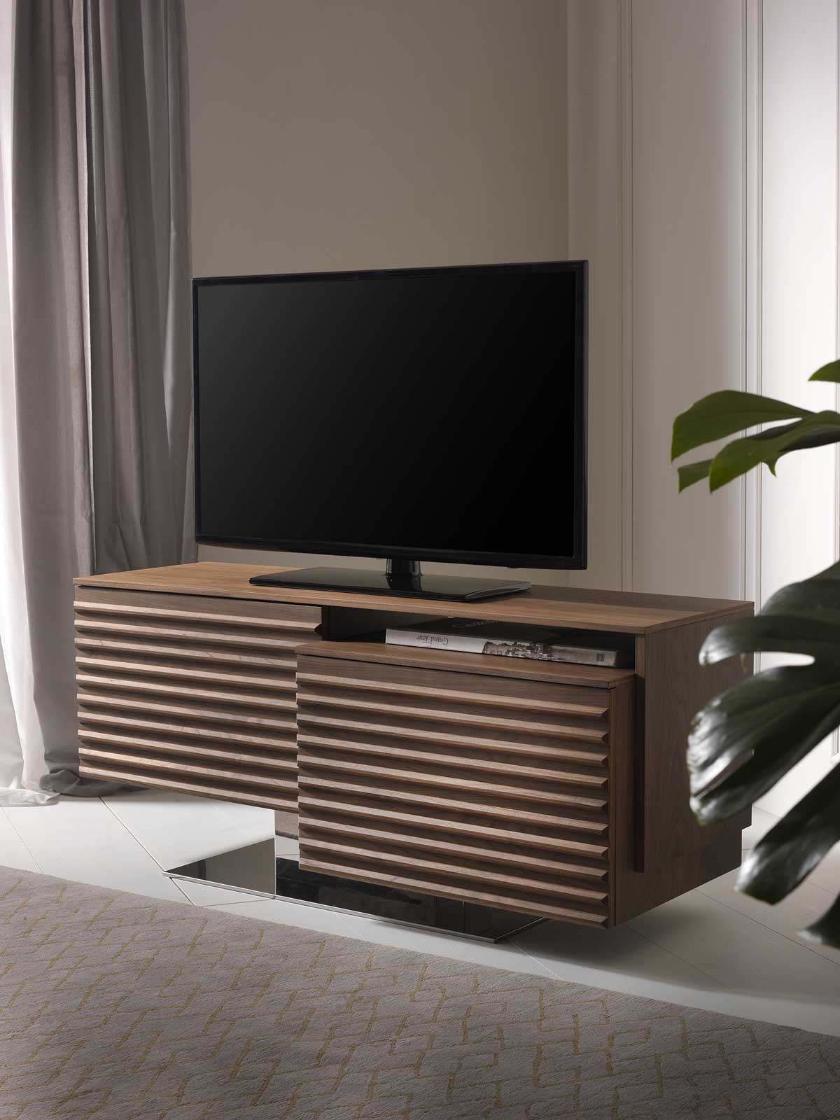 FABIUS Walnut TV cabinet