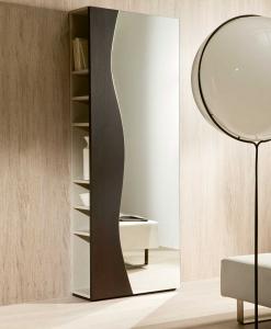 Meuble d'entrée en bois et miroir avec étagères. Vente en ligne de meubles design hauts de gamme made in italy. Livraison gratuite.