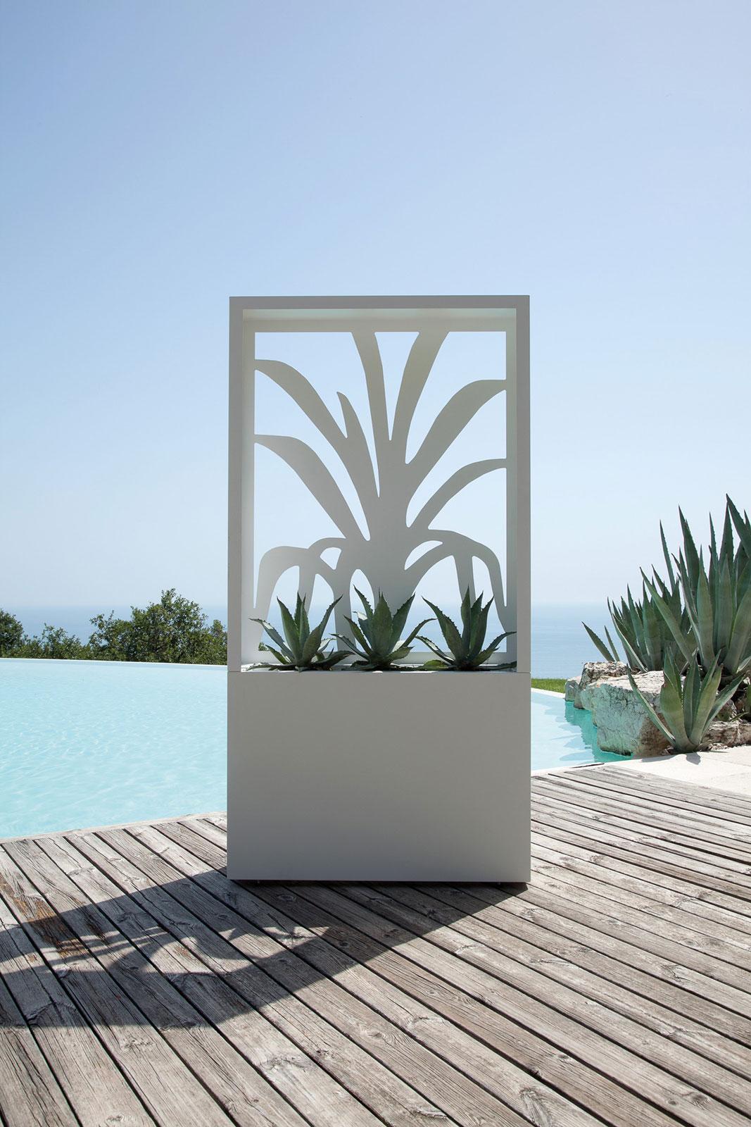 Fioriera da esterno in acciaio italy dream design for Il mobile da giardino