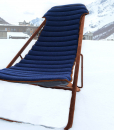 An extraordinary outdoor deckchair, perfect for the most luxurious mountain chalets. Steel, cashmere and suede leather. Tilt adjustable. Free shipping.