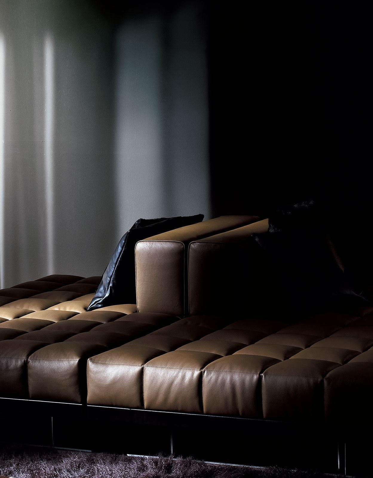 Insula canap en cuir 176 x 220 idd - Canape dna altek italia design ...