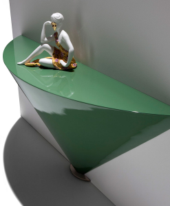 Console in Polimex (polyurethane and polystyrene). Lacquered in glossy polyester, in any RAL colour. Luxurious furniture for prestigious homes.
