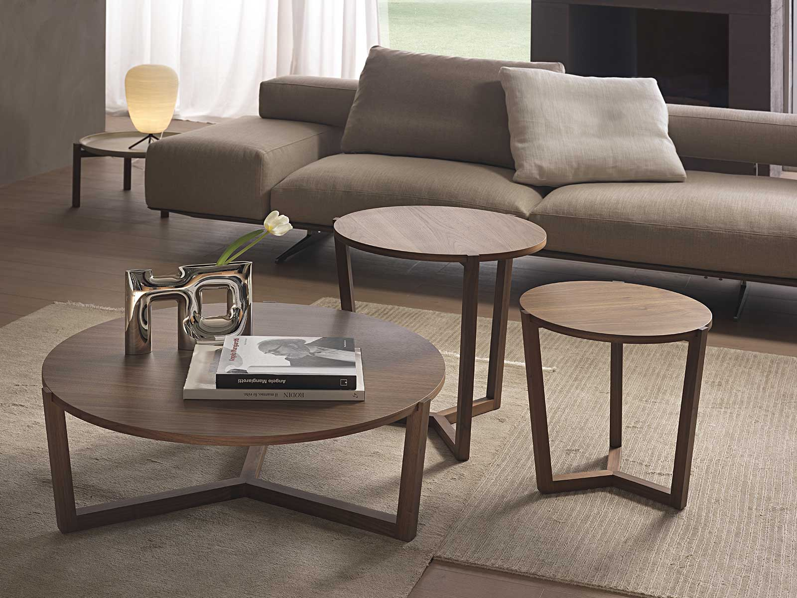 Table basse ronde en bois. Vente en ligne de tables basses et ameublement haut de gamme made in italy avec livraison gratuite.