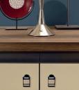 Buffet o mobile basso, per la casa o l'ufficio a 4 ante. Finiture in eucalipto e cuoio. Arredamento esclusivo made in Italy. Design Matteo Nunziati.