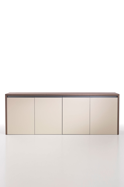 Kefa meuble bas 4 compartiments en eucalyptus et cuir for Mobile basso ufficio