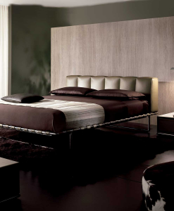 Luxurious and elegant leather bed. Design by Mauro Lipparini. Leather covering, steel and wood frame. Online shopping. Free home delivery.