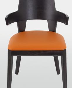 Chaise rembourrée réalisée 100% en Italie. Structure en bois laqué wengé. Assise revêtue de velour ou de cuir souple. Achat en ligne et livraison à domicile
