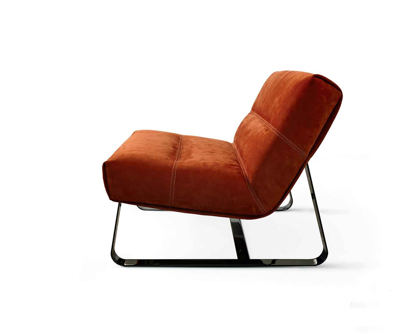 Fauteuil en cuir. Vente en ligne de fauteuils relax design et ameublement made in italy avec livraison gratuite. Meubles haut de gamme contemporains.