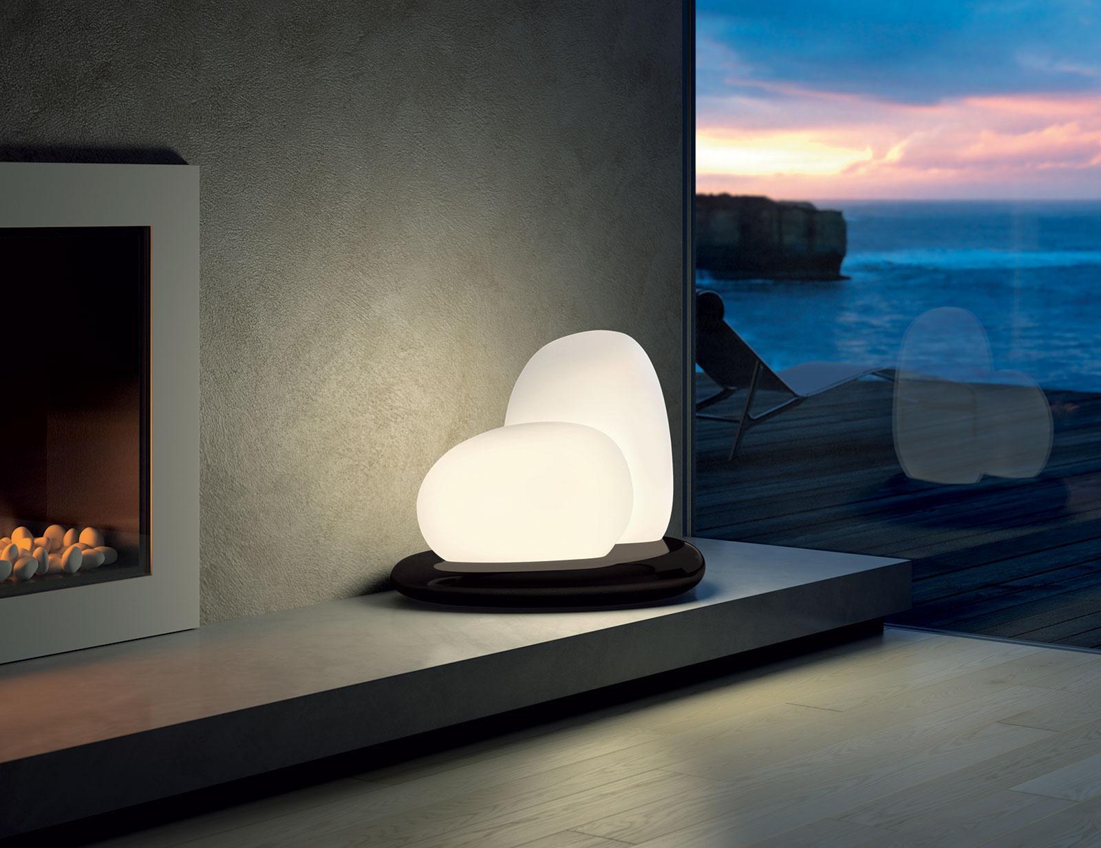 Moai lampe à poser en verre soufflé blanc satiné - IDD