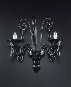 Ogni applique in vetro di Murano è realizzata artigianalmente per un risultato unico e lussuoso. Lampada da parete a 2 luci. Vendita online, consegna gratuita.