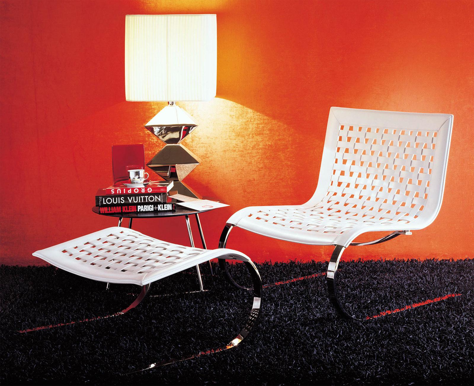 O 39 mies poltrona lounge italy dream design for Poltrona design lorraine moderna similpelle bianca