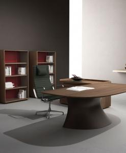 scrivania direzionale Mario Mazzer manageriale legno noce canaletto pelle cristalplant arredamento ufficio moderno lusso design web made in italy originale