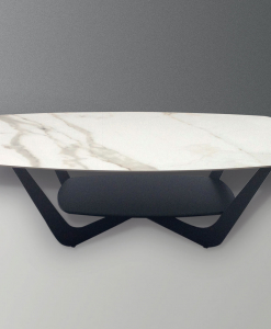 Ceramic top in white statuary colour and metal base. This modern coffee table also has an additional shelf. Its legs are ash grey painted. Online shopping.