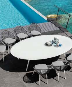Outdoor oval table, generous size. Perfect for garden, poolside, yachts, villas, restaurants, hotels. Aluminium frame and glass top. Free shipping.