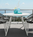Struttura in alluminio bianco, piano in vetro serigrafato bianco opaco. Il tavolo ovale da giardino Rope è disponibile alla vendita online. Consegna gratuita.