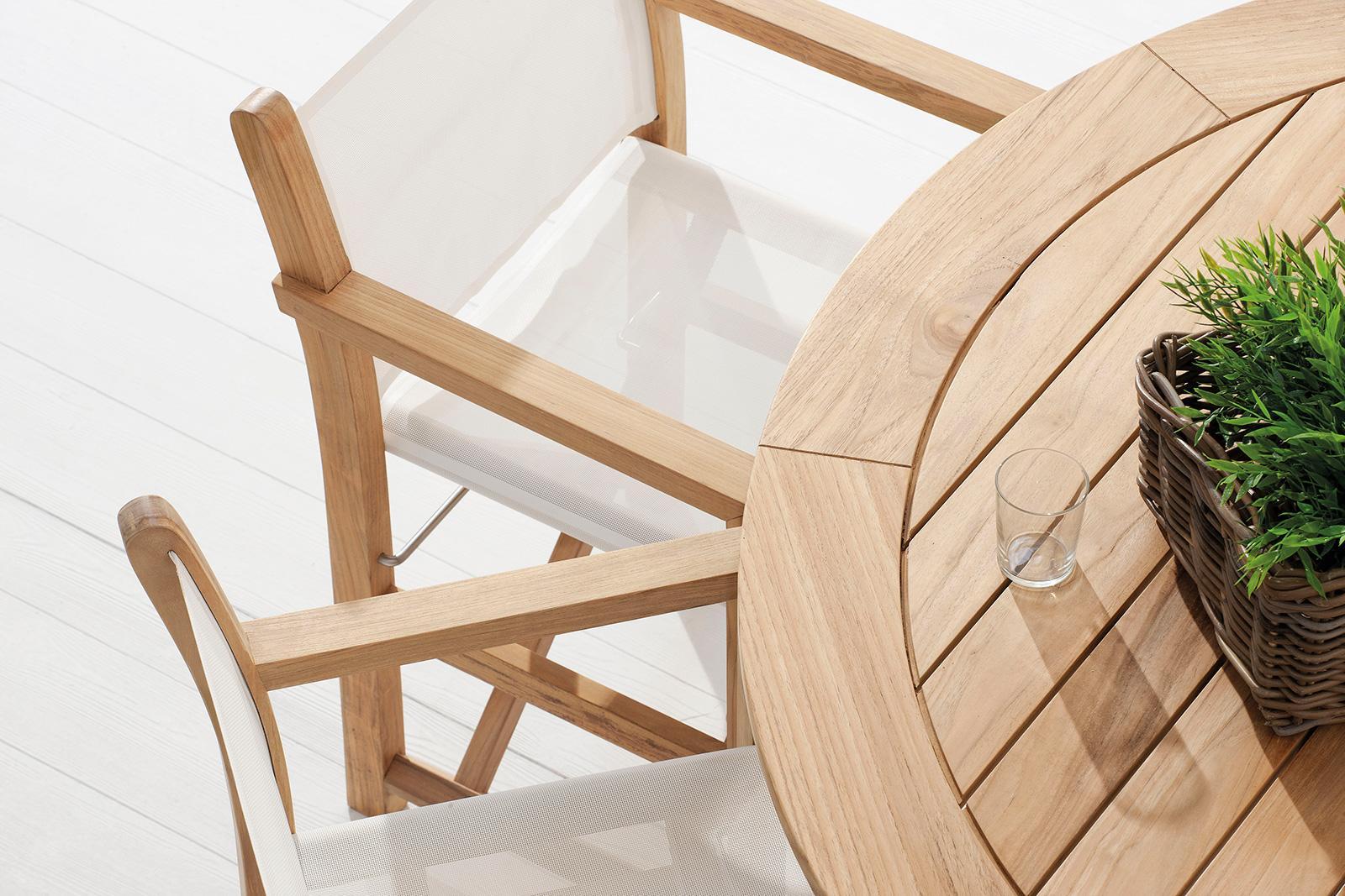 Outdoor director chair in teak and textilene. Outdoor folding luxury chair. Whole outdoor luxury collection.Online sale.