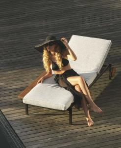 Lounge sun chair for garden furniture. Furnish your outdoor patio with luxurious sunbed. Lounger is designed by Ramon Esteve. Shop outdoor daybed online.