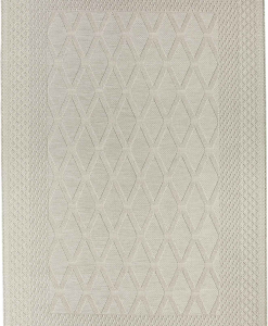 Beige geometric pattern. A sober and beautiful outdoor rectangular rug. Online shopping and free delivery for this furniture complement. 100% polypropylene.