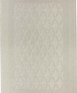 Un simple et délicat motif géométrique beige crée un tapis de jardin sobre et élégant. 100% polypropylène résistant et facil d'entretien. Livraison gratuite