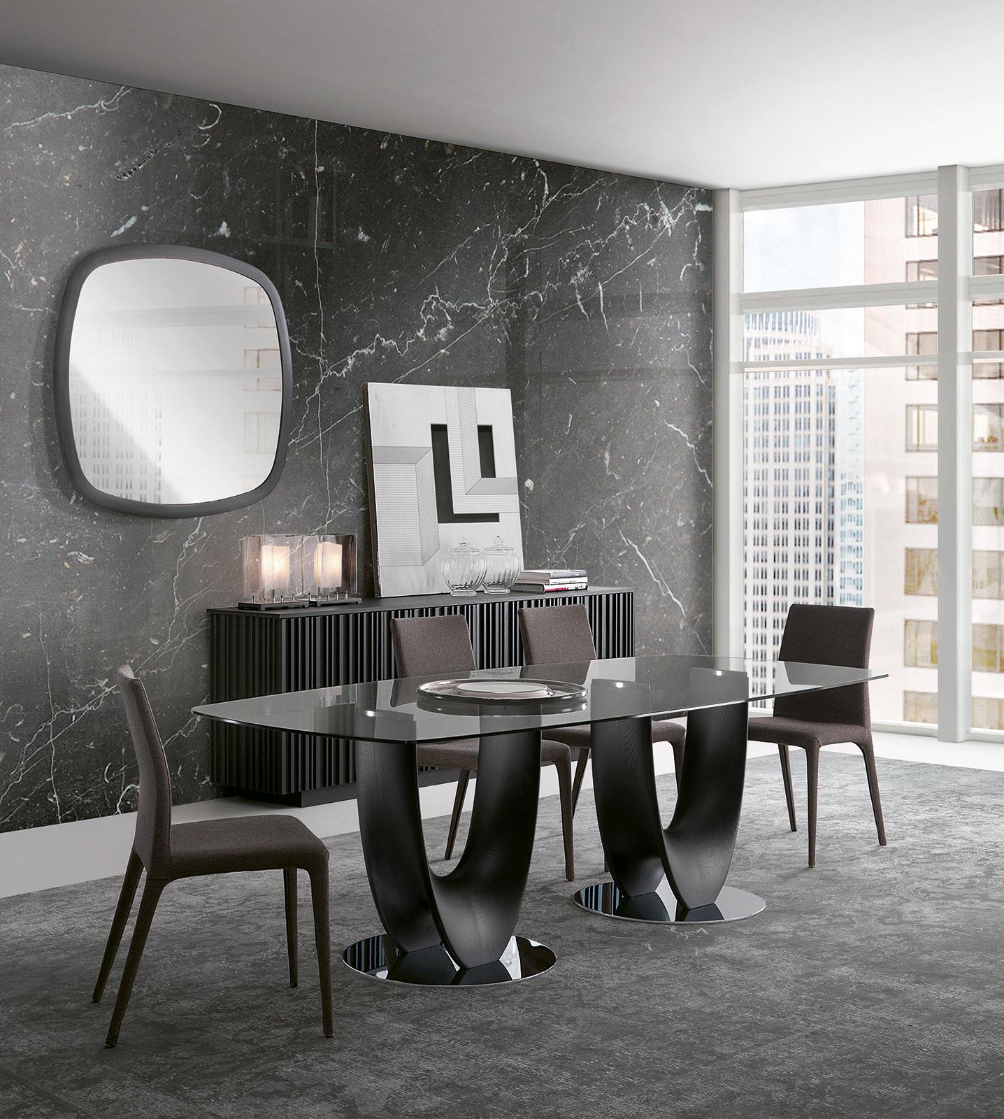 Table de repas rectangulaire en verre et bois. Vente en ligne de meubles design haut de gamme made in Italy. Achetez en ligne nos tables design originales.