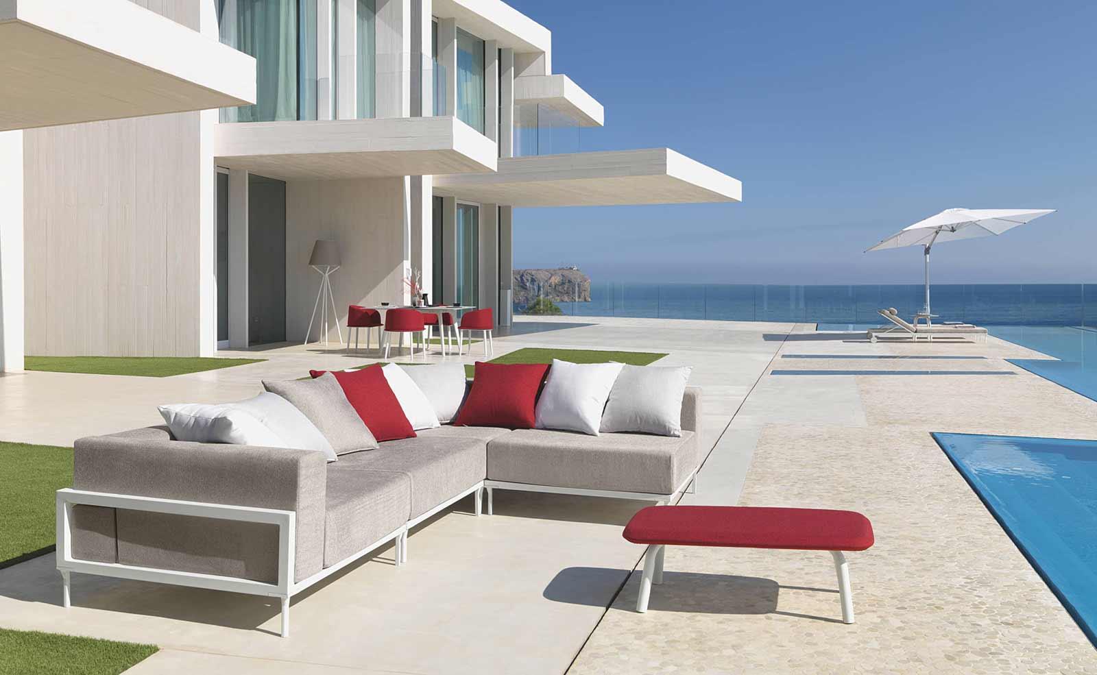 Clariss poltrona a pozzetto in alluminio italy dream design for Arredo esterno design