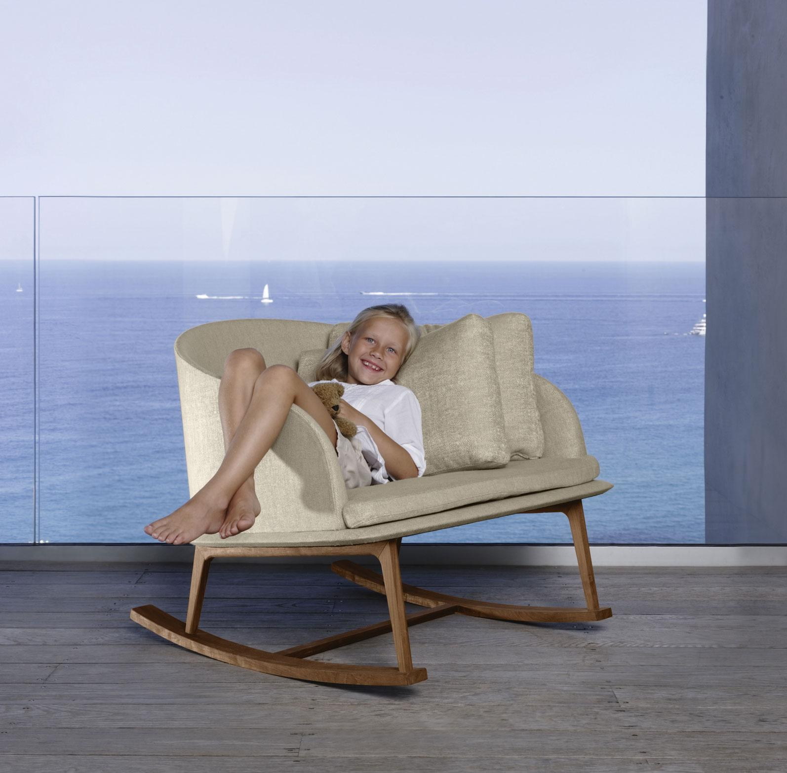 Picture of: Clariss Modern Luxury Outdoor Rocking Chair Shop Online Italy Dream Design
