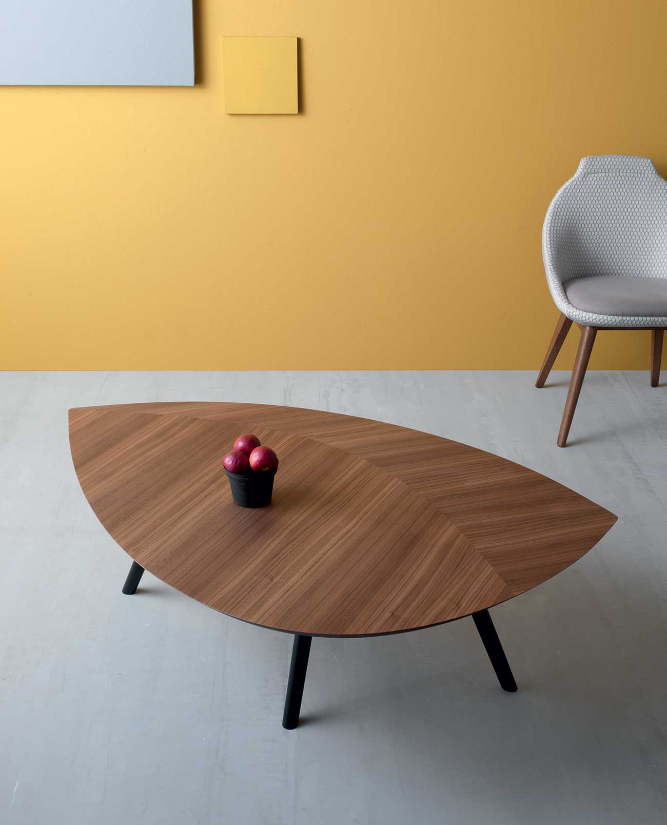 Foglia Contemporary Leaf Shaped Coffee Table