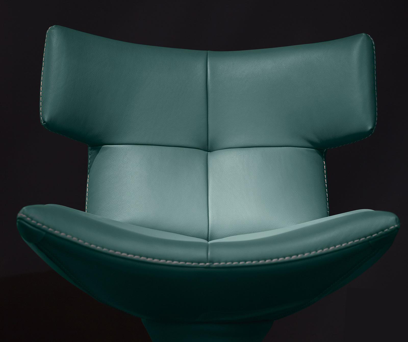 Harry Modern Swivel Leather Armchair