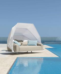 divano da esterno giardino in alluminio ad angolo bianco per bar componibile design in legno on line modulari offerta vendita on line prezzo 2 posti 3 posti