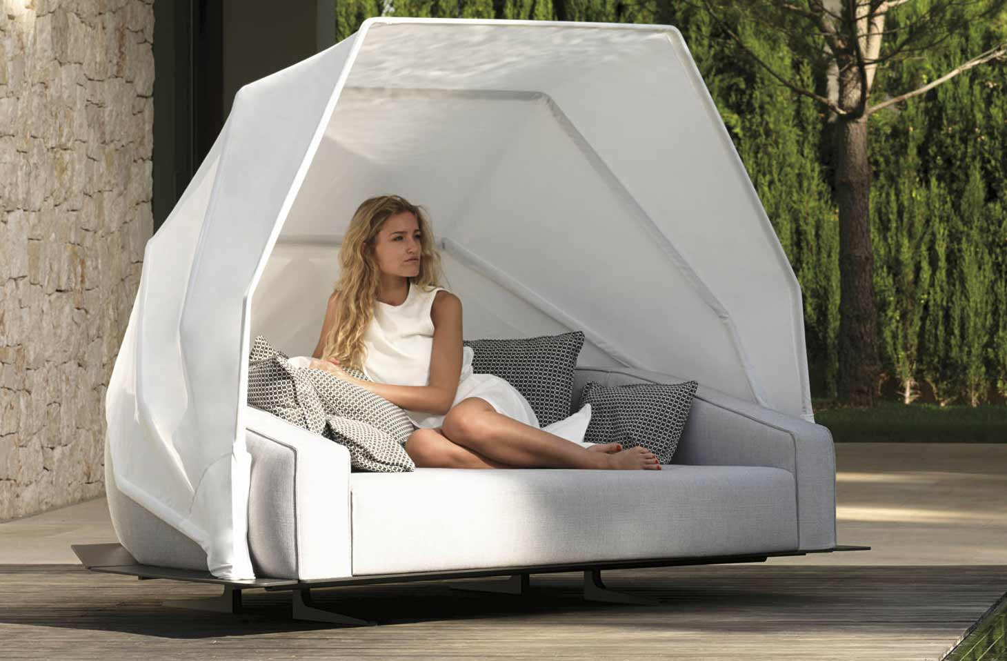 Heaven Modern Amp Luxury Patio Daybed Shop Online Italy