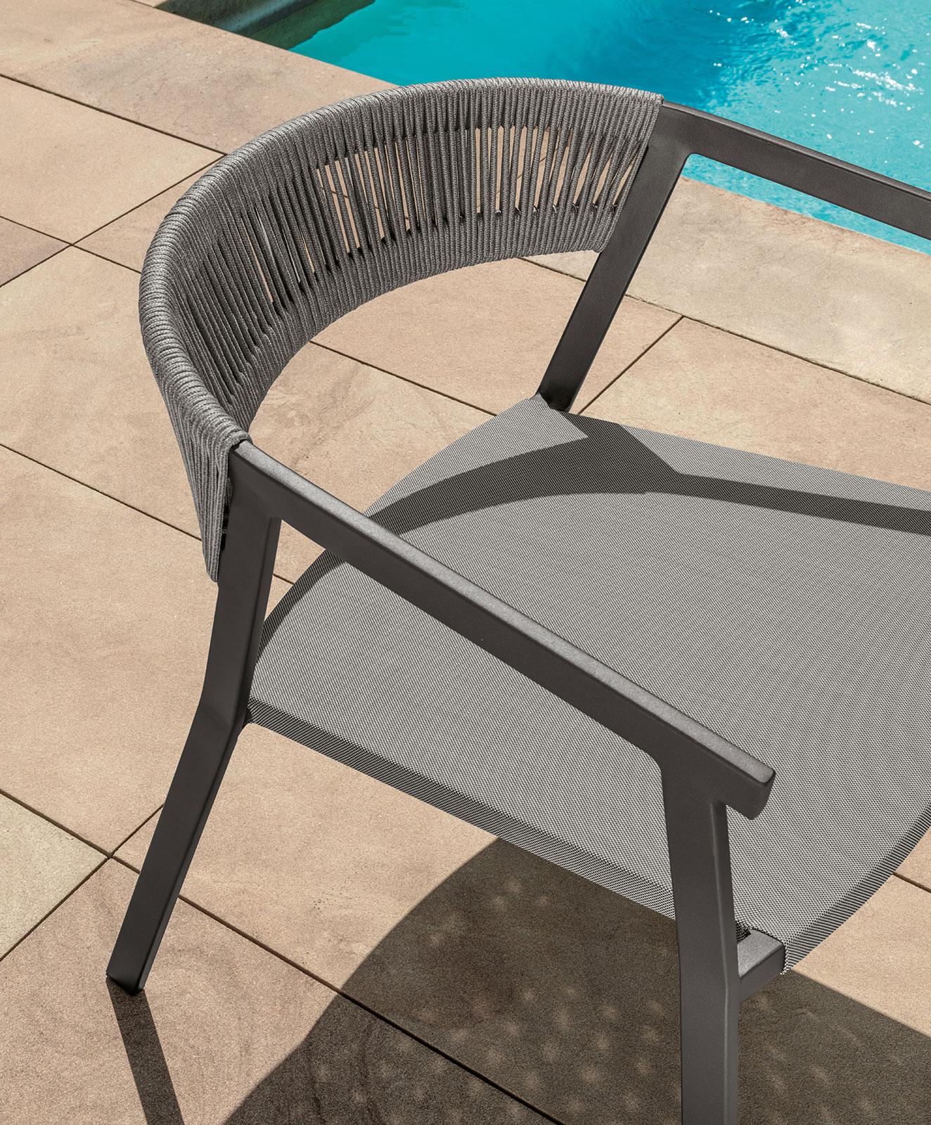 Sedie Con Braccioli Design.Ken Sedia Con Braccioli Da Esterno Carbone E Grigio