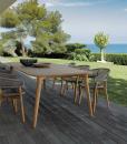 Sedia da esterno in teak ed alluminio. Vendità online di sedie e mobili da esterno di alto livello. Sedie da esterno design per giardino e terrazze.