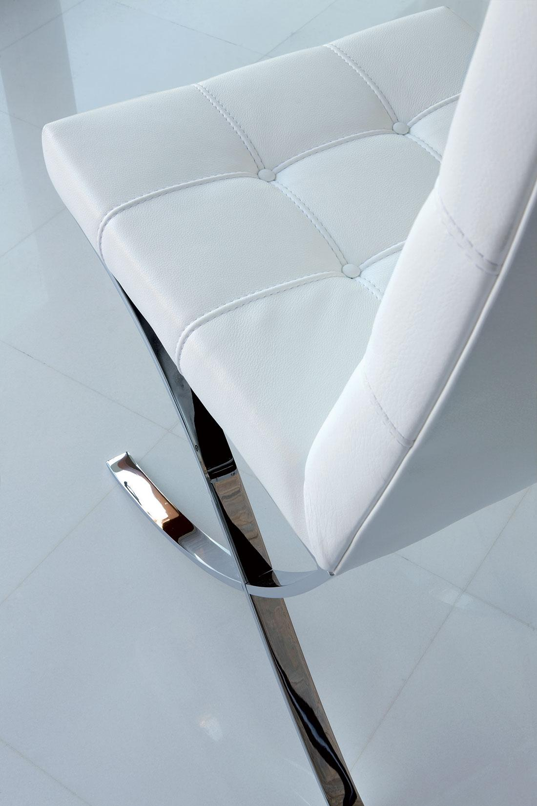 Chaise en cuir et m tal vente en ligne italy dream design for Chaise blanche accoudoir