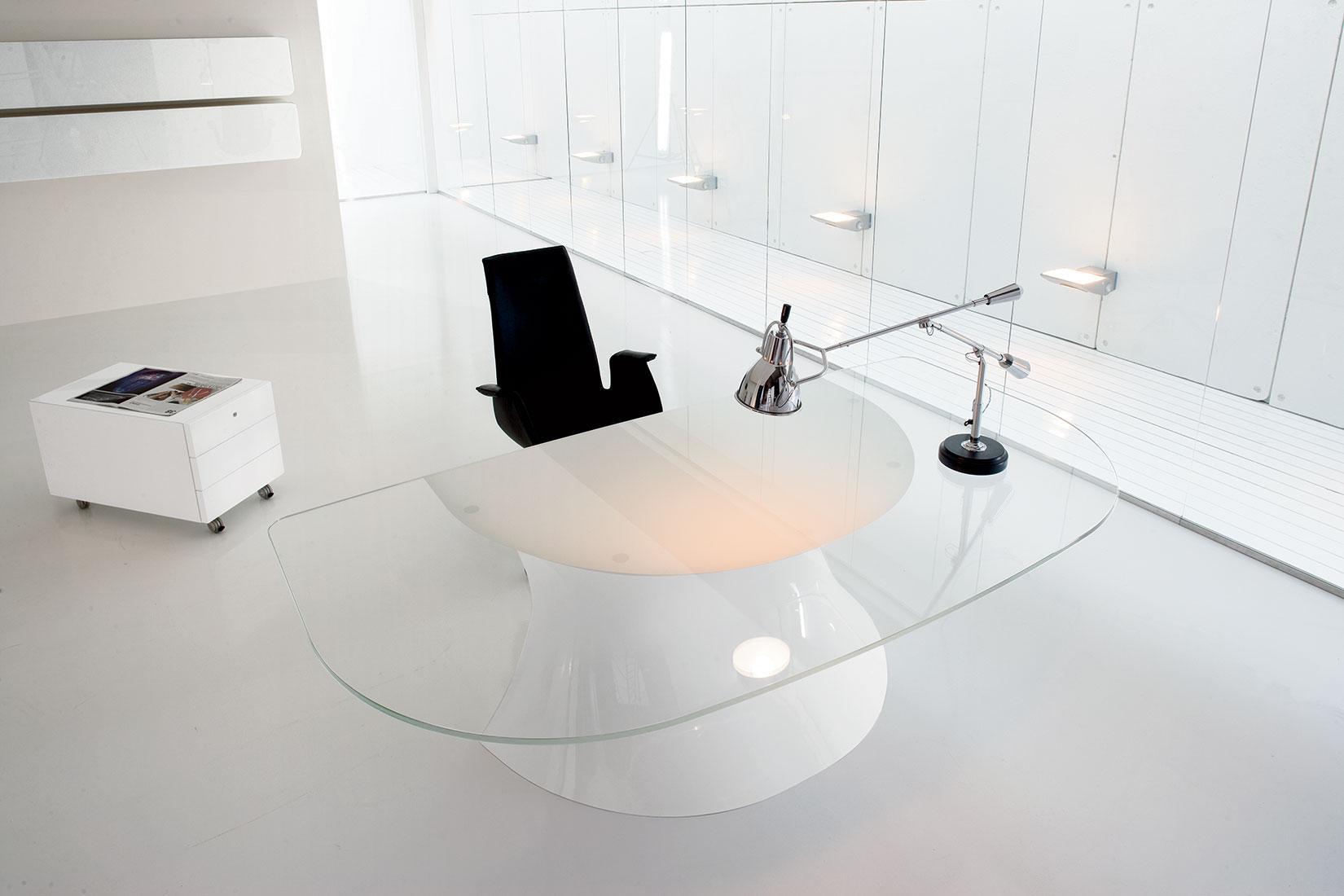 Ola scrivania direzionale in vetro e cristalplant italy for Scrivania direzionale