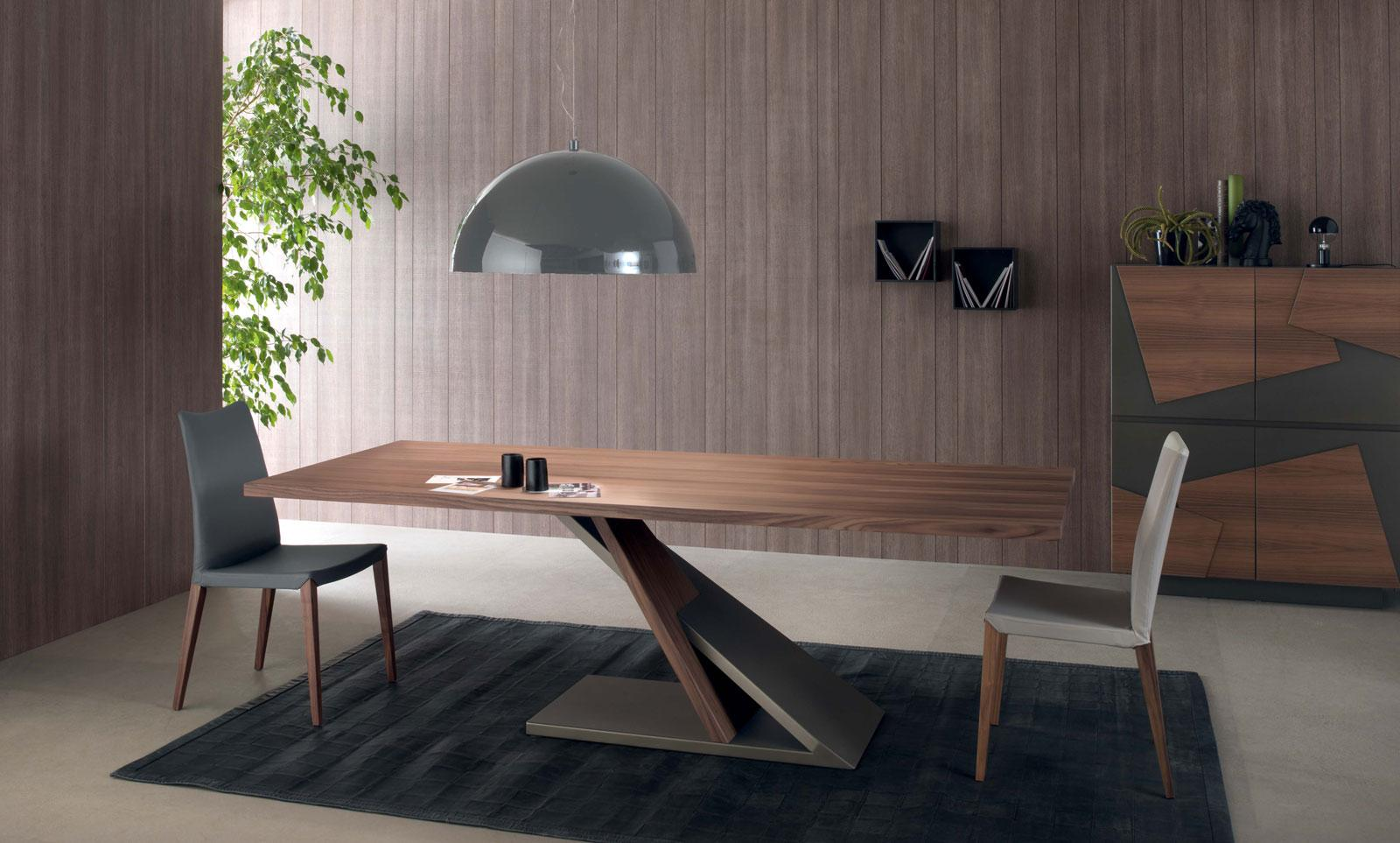 Java dining table in walnut wood veneered and bronze metal for Design table java swing
